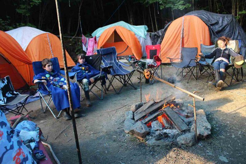 groupe-scout-feu-camp